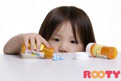 Giật mình những NGUY HẠI khi trẻ uống kháng sinh bị táo bón